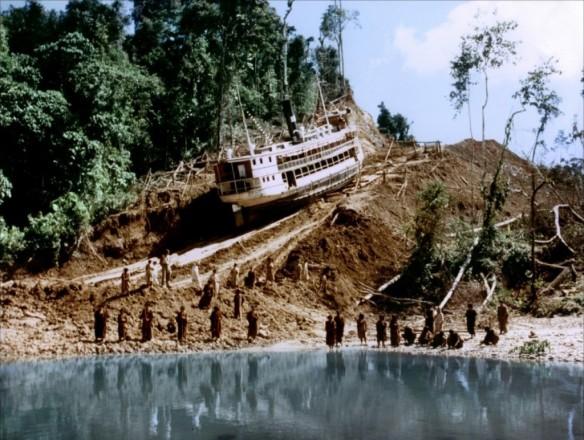 Lo Del Barco Atascado En El Canal De Suez (Vol.1: Origins) - Página 11 Fitzcarraldo-05-g-1024x772