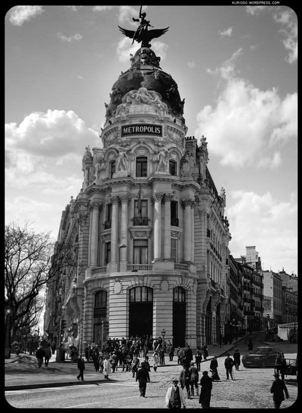 La Unión y el Fénix (Metropolis). 1915-2009 (Click para ampliar)