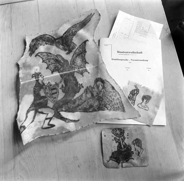 contra de los tatuajes.  tatuajes 'humanos' utilizados como evidencia en el juicio contra Ilse